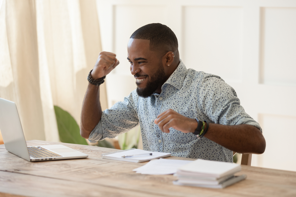 7 Effective Steps to Landing Your Dream Job (with Examples)