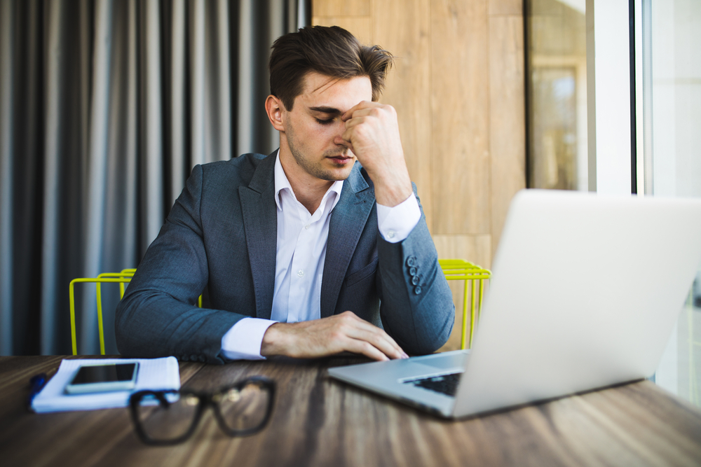 How to Deal With an Incompetent Boss