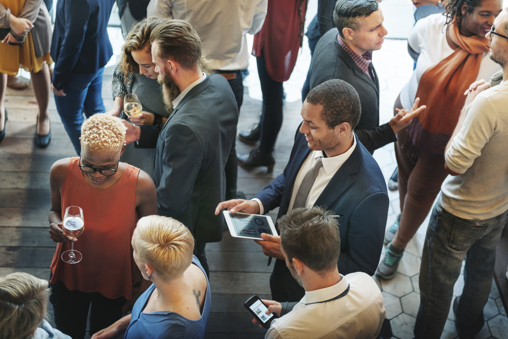 6 Networking Mistakes You're Making in Your Job Search